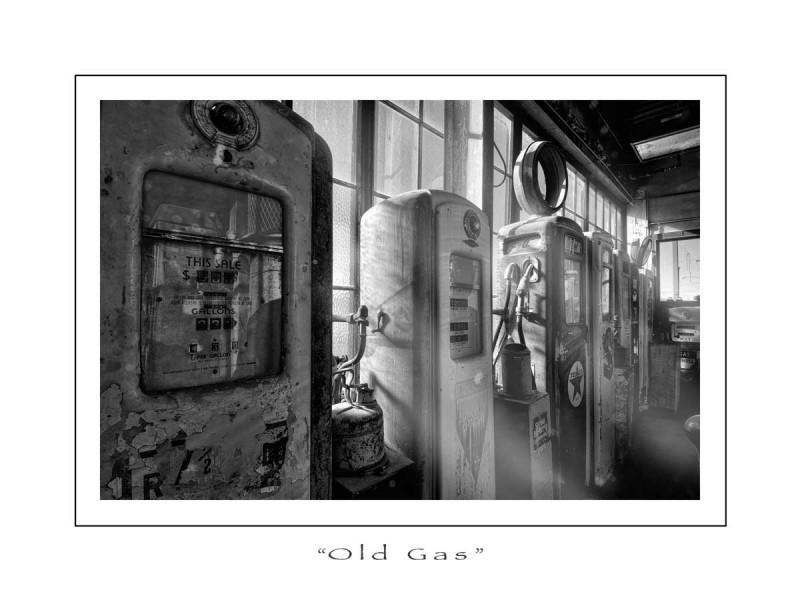 Oldgasfallonblackandwhite