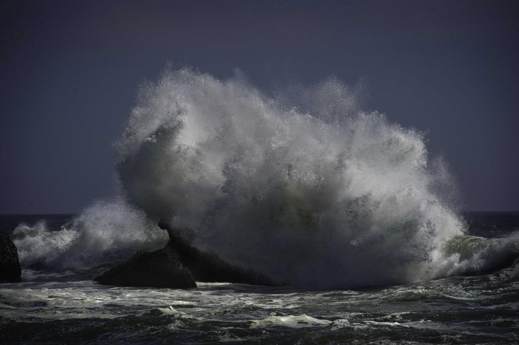 oceanbreakrock3