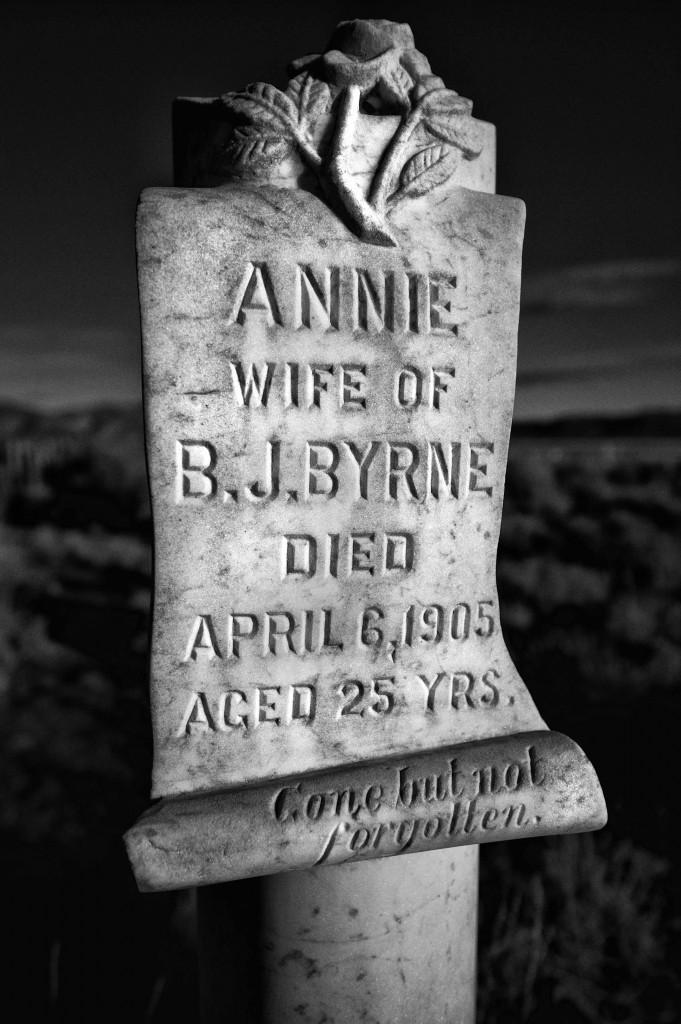 Annie headstone